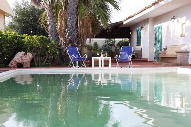 villa for rent marina di ragusa sicily