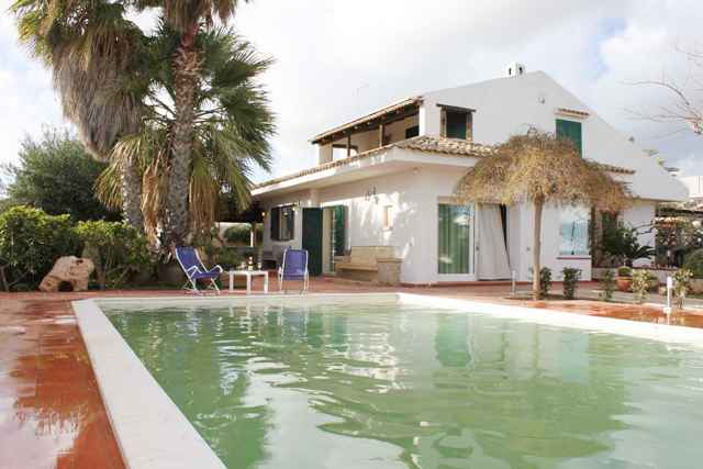 villa for rent swimming pool sicily