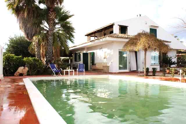 villa for rent marina di ragusa swimming pool